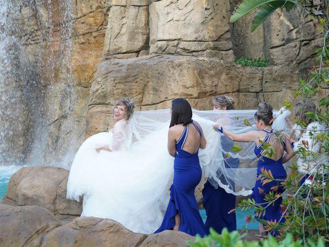 La boda de Adrian y Nicole en Dénia, Alicante 56