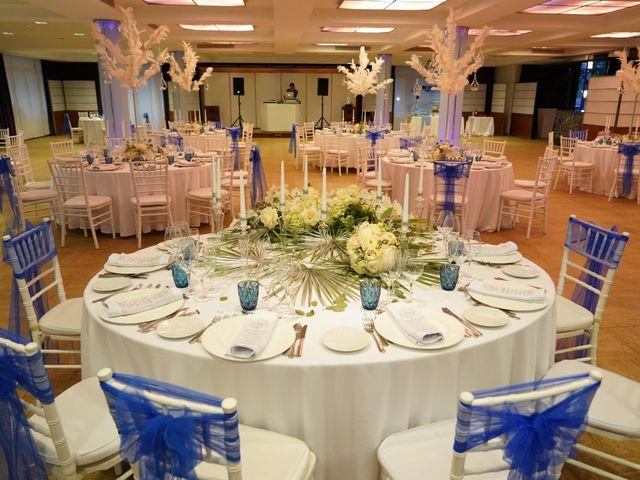 La boda de Adrian y Nicole en Dénia, Alicante 61
