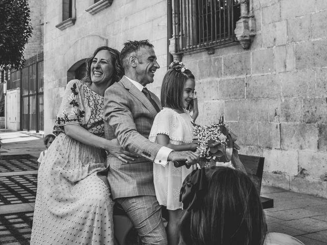 La boda de Rubén y Marta en Burgos, Burgos 33