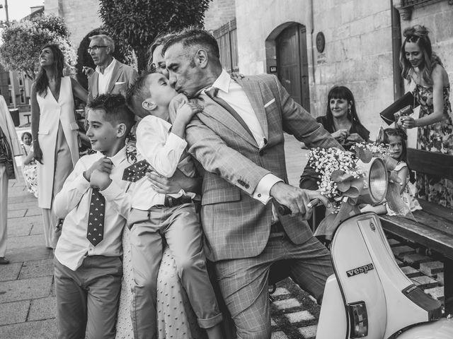 La boda de Rubén y Marta en Burgos, Burgos 34