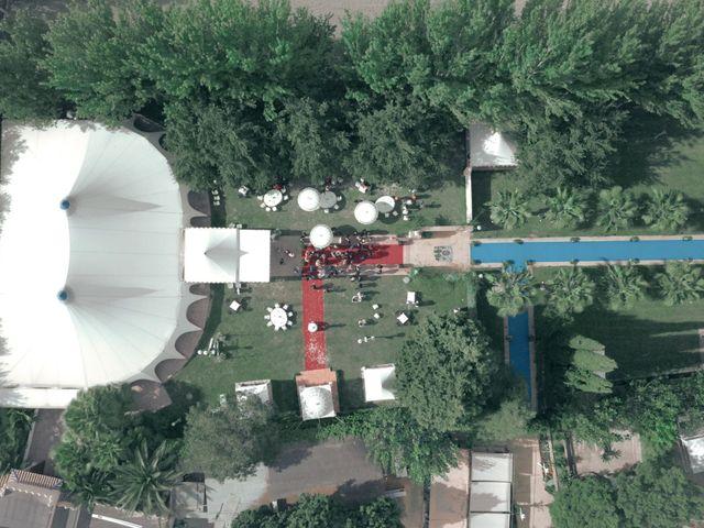 La boda de Aroesti y Estrella en Otura, Granada 26