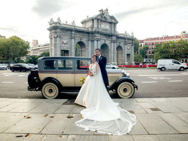 La boda de Manu y María en Madrid, Madrid 25