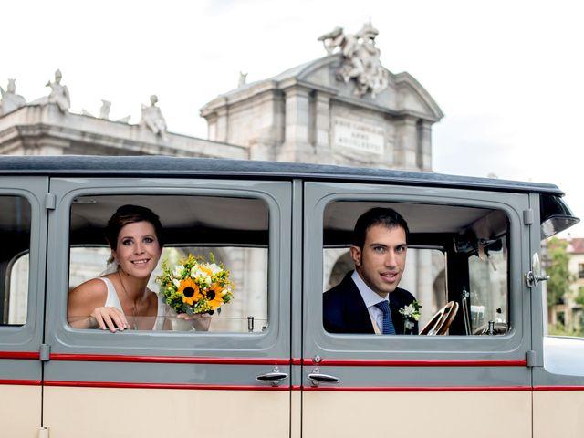 La boda de Manu y María en Madrid, Madrid 27