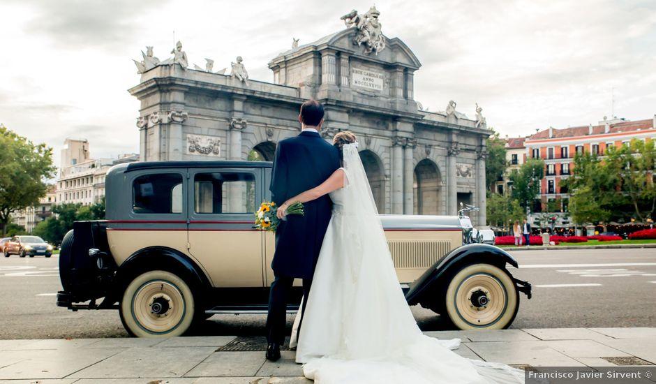 La boda de Manu y María en Madrid, Madrid