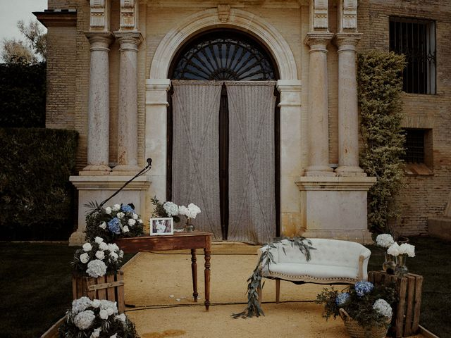 La boda de Jesús y José en Fuentes De Andalucia, Sevilla 3