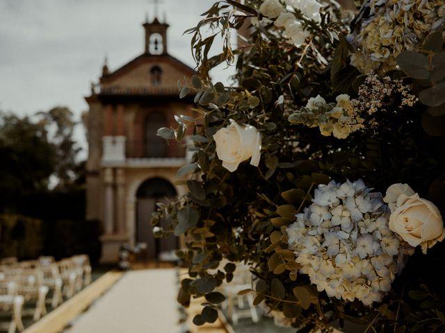 La boda de Jesús y José en Fuentes De Andalucia, Sevilla 4