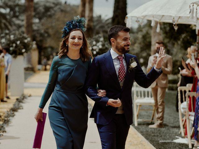 La boda de Jesús y José en Fuentes De Andalucia, Sevilla 32