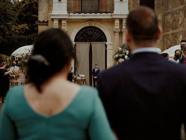 La boda de Jesús y José en Fuentes De Andalucia, Sevilla 41