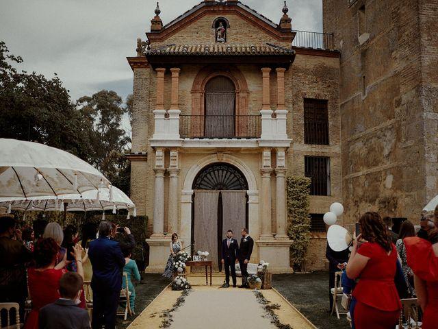 La boda de Jesús y José en Fuentes De Andalucia, Sevilla 47