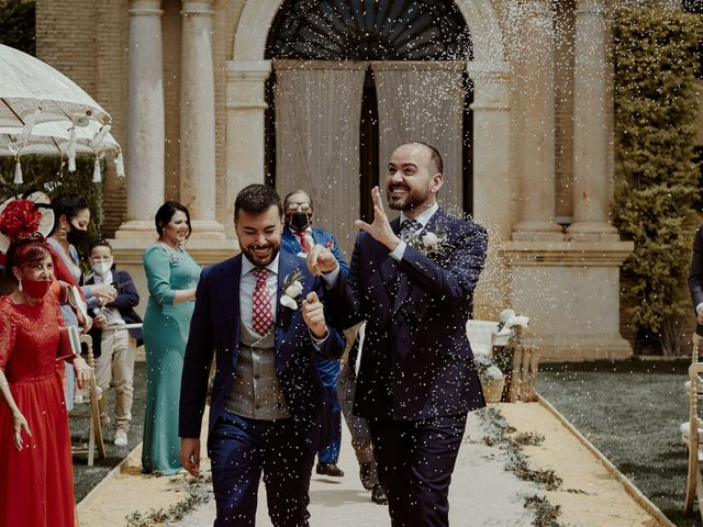 La boda de Jesús y José en Fuentes De Andalucia, Sevilla 59