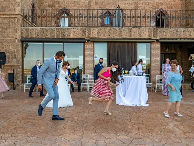 La boda de Esther y Juan en Villarrobledo, Albacete 2