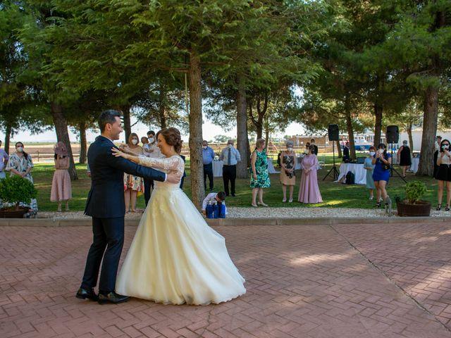 La boda de Esther y Juan en Villarrobledo, Albacete 3