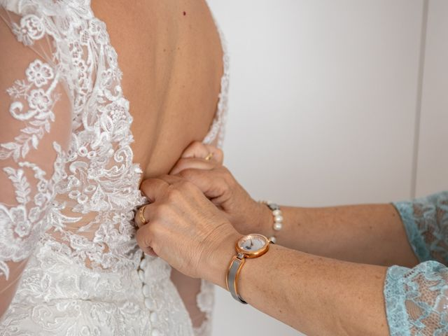 La boda de Esther y Juan en Villarrobledo, Albacete 23