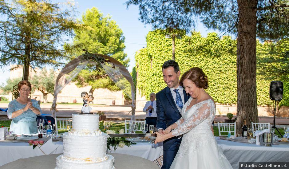 La boda de Esther y Juan en Villarrobledo, Albacete