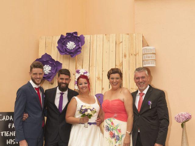 La boda de Juan Alberto y Elisa en Arucas, Las Palmas 16