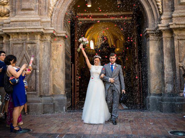 La boda de Nacho y Beatriz en Zaragoza, Zaragoza 25