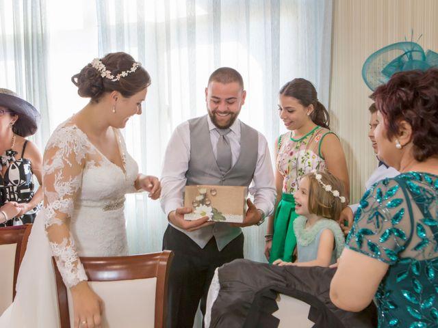 La boda de Julio y Cristina en Solana De Los Barros, Badajoz 23