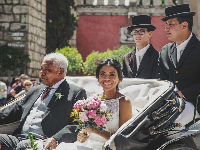 La boda de Javier y Karina en Sanlucar La Mayor, Sevilla 27