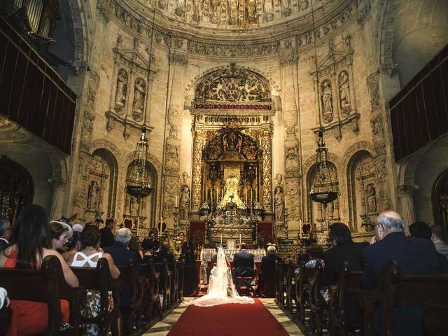 La boda de Javier y Karina en Sanlucar La Mayor, Sevilla 30
