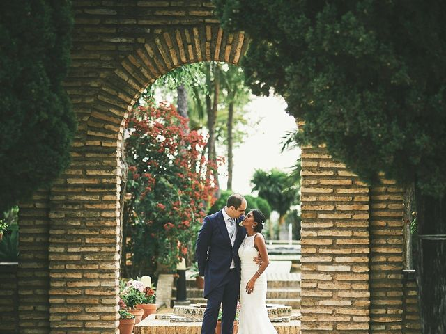 La boda de Javier y Karina en Sanlucar La Mayor, Sevilla 34