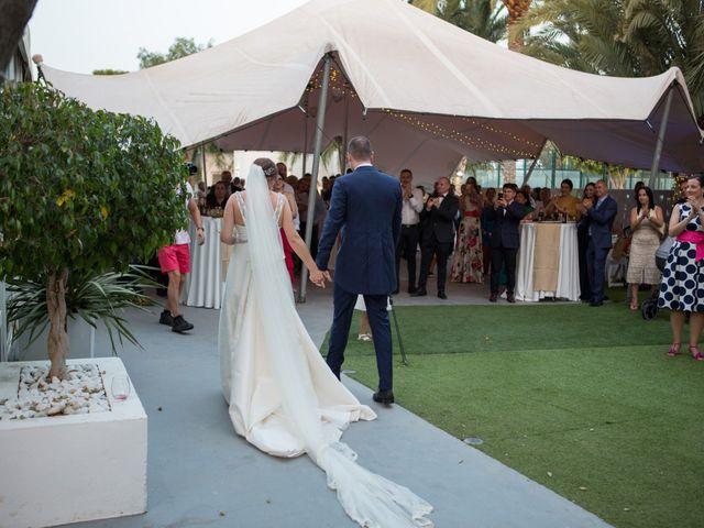 La boda de Jose y Ioana en Roquetas De Mar, Almería 9