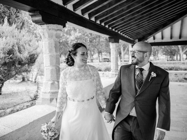 La boda de Beni y Samu en Torre De Juan Abad, Ciudad Real 43