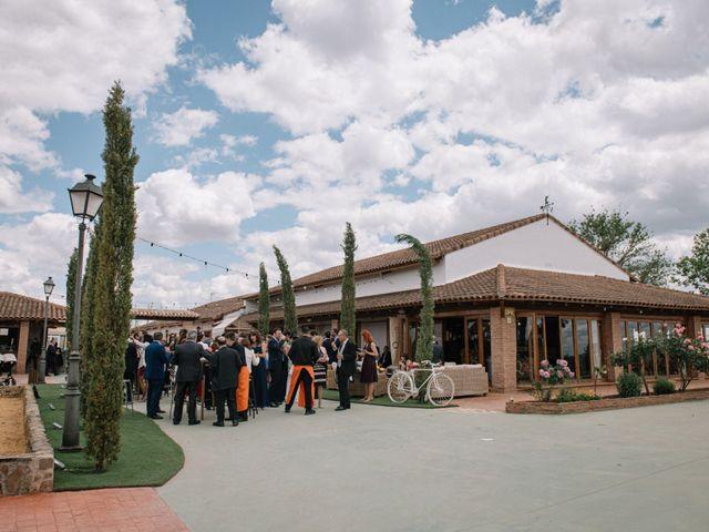 La boda de Beni y Samu en Torre De Juan Abad, Ciudad Real 45