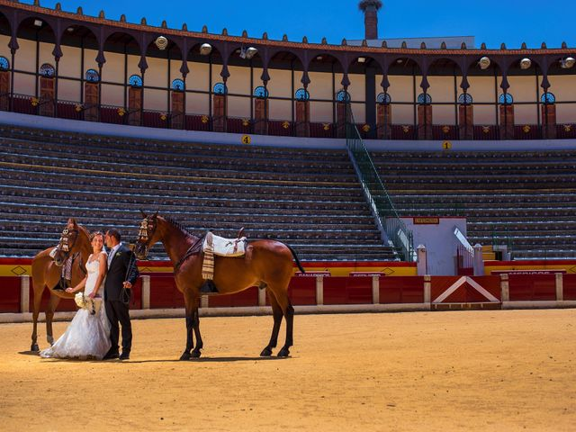 La boda de Fran y Lucía en Aceuchal, Badajoz 36