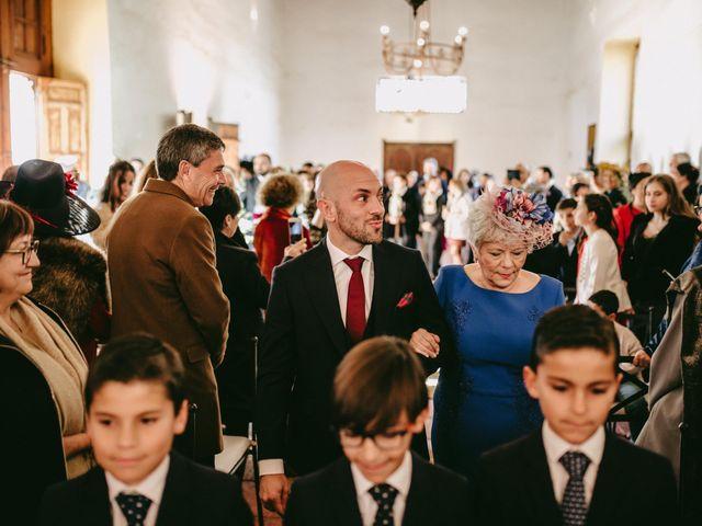 La boda de Lolo y Irene en Alcala De Guadaira, Sevilla 34