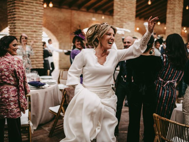 La boda de Lolo y Irene en Alcala De Guadaira, Sevilla 89