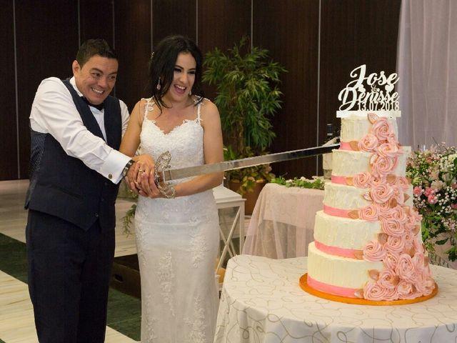 La boda de Jose Manuel y Denisse en Soto Del Barco, Asturias 23
