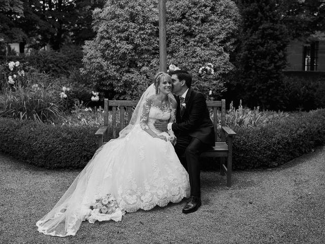 La boda de David y Larissa en Elciego, Álava 32