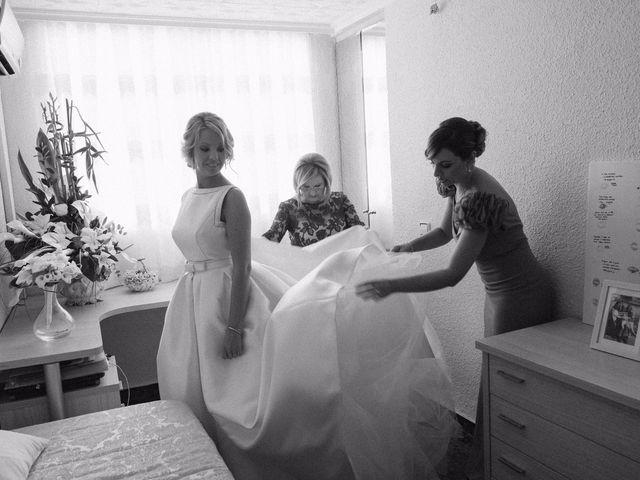 La boda de Juan y Silvia en Valencia, Valencia 35