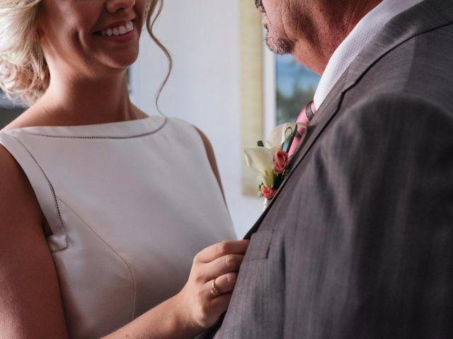 La boda de Juan y Silvia en Valencia, Valencia 40