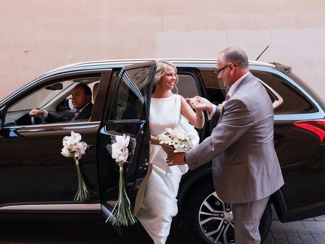 La boda de Juan y Silvia en Valencia, Valencia 42