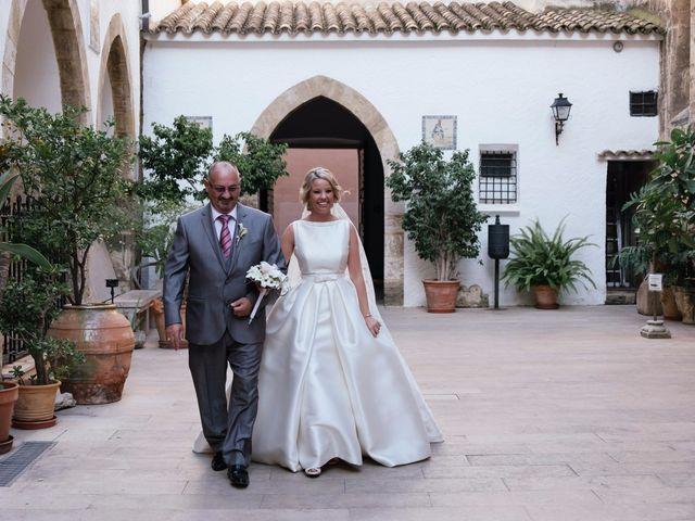 La boda de Juan y Silvia en Valencia, Valencia 46