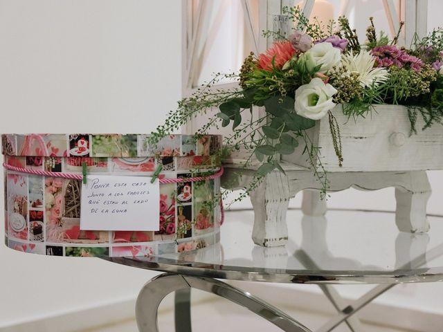 La boda de Juan y Silvia en Valencia, Valencia 84