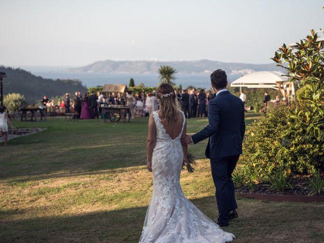 La boda de Guille y Asun en Laxe, A Coruña 42