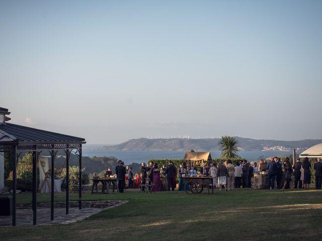 La boda de Guille y Asun en Laxe, A Coruña 43