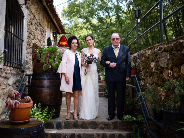 La boda de Hector y Visi en Jaraiz De La Vera, Cáceres 8