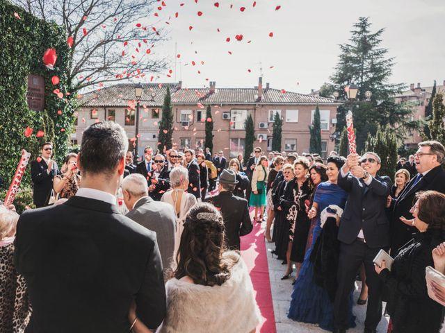 La boda de Angel y Cristina en Boadilla Del Monte, Madrid 13