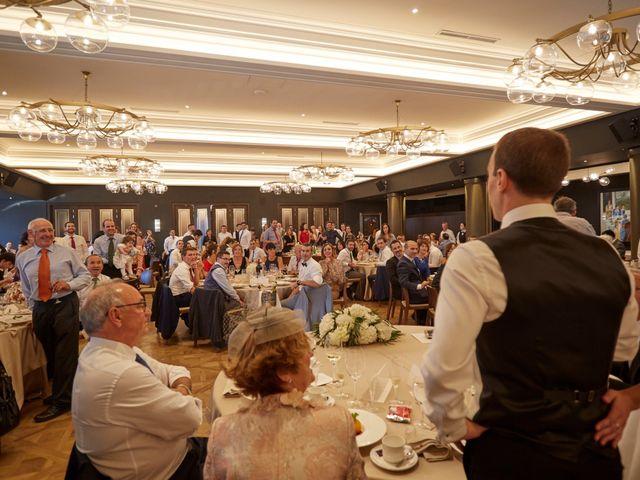 La boda de Gonzalo y Laura en Egues, Navarra 34
