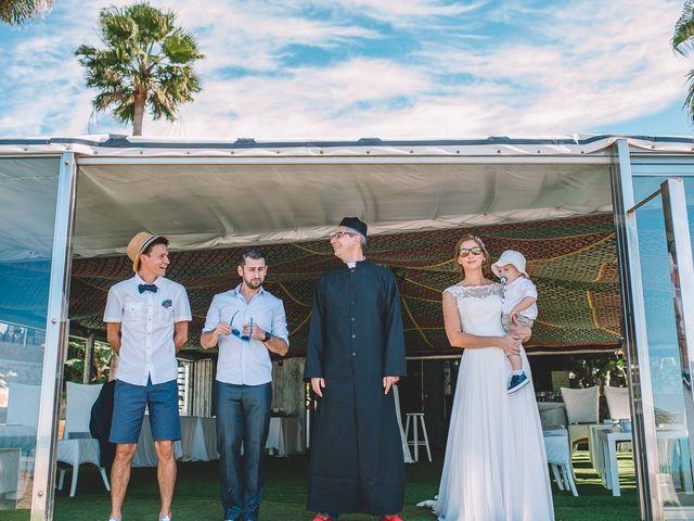 La boda de Nicolás y Marie en Conil De La Frontera, Cádiz 33