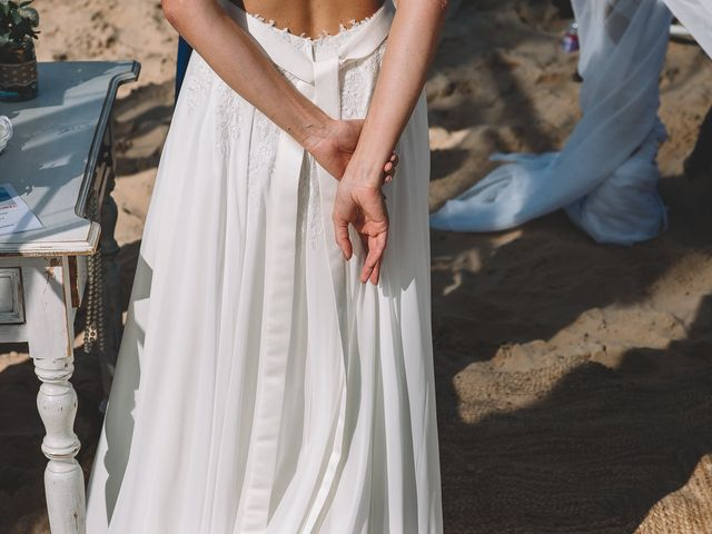 La boda de Nicolás y Marie en Conil De La Frontera, Cádiz 48