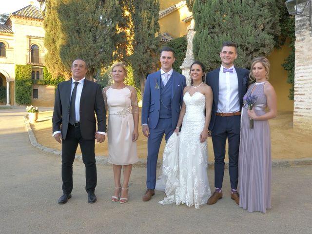 La boda de Víctor y Jessica en Fuentes De Andalucia, Sevilla 19