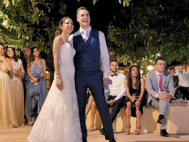 La boda de Víctor y Jessica en Fuentes De Andalucia, Sevilla 27