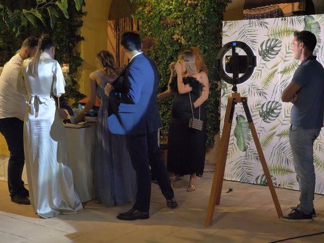 La boda de Víctor y Jessica en Fuentes De Andalucia, Sevilla 30