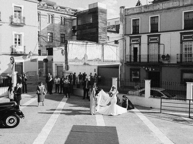 La boda de José Antonio y Salomé en Corte De Peleas, Badajoz 27