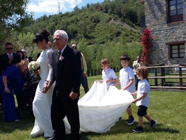 La boda de Oscar  y Cecilia en Labuerda, Huesca 2