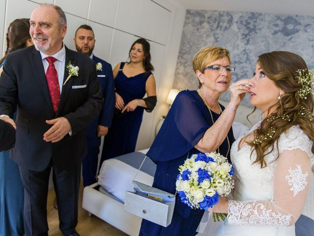 La boda de Javi y Marina en Platja D'aro, Girona 42